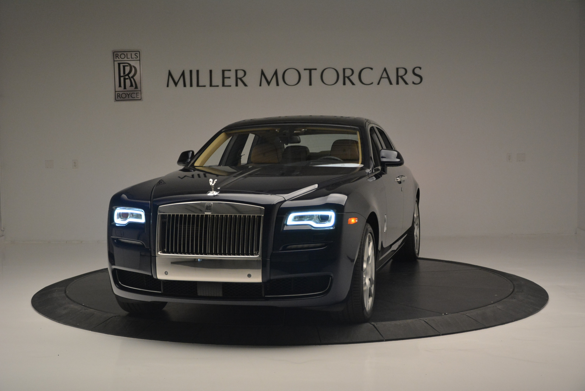 Used 2015 Rolls-Royce Ghost for sale Sold at Rolls-Royce Motor Cars Greenwich in Greenwich CT 06830 1