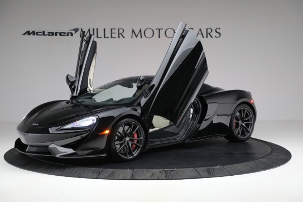 New 2018 McLaren 570S Spider for sale Sold at Rolls-Royce Motor Cars Greenwich in Greenwich CT 06830 22
