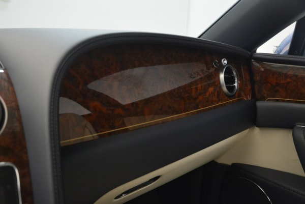 Used 2015 Bentley Flying Spur W12 for sale Sold at Rolls-Royce Motor Cars Greenwich in Greenwich CT 06830 24