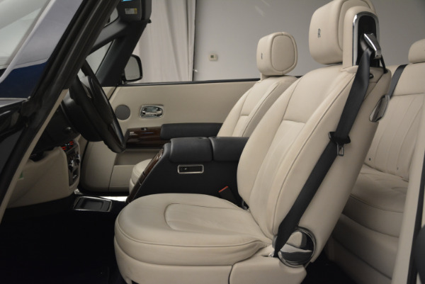 Used 2014 Rolls-Royce Phantom Drophead Coupe for sale Sold at Rolls-Royce Motor Cars Greenwich in Greenwich CT 06830 19