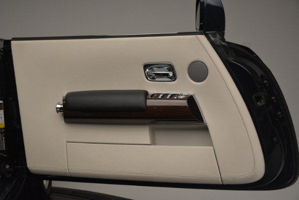Used 2014 Rolls-Royce Phantom Drophead Coupe for sale Sold at Rolls-Royce Motor Cars Greenwich in Greenwich CT 06830 21