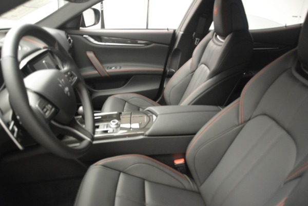 New 2018 Maserati Ghibli SQ4 GranSport Nerissimo for sale Sold at Rolls-Royce Motor Cars Greenwich in Greenwich CT 06830 15
