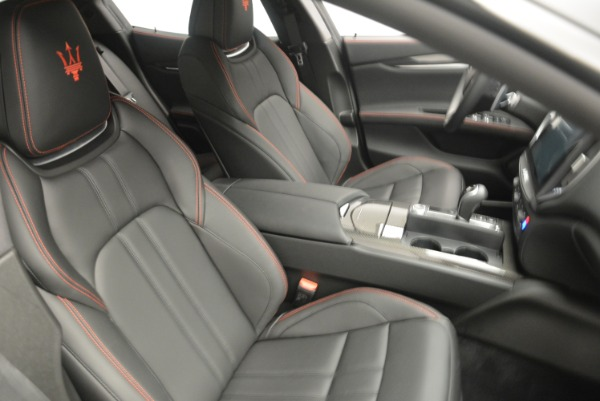 New 2018 Maserati Ghibli SQ4 GranSport Nerissimo for sale Sold at Rolls-Royce Motor Cars Greenwich in Greenwich CT 06830 20