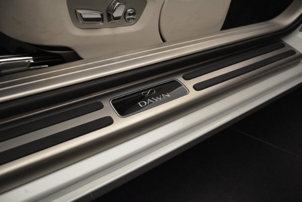 Used 2018 Rolls-Royce Dawn Black Badge for sale Sold at Rolls-Royce Motor Cars Greenwich in Greenwich CT 06830 25