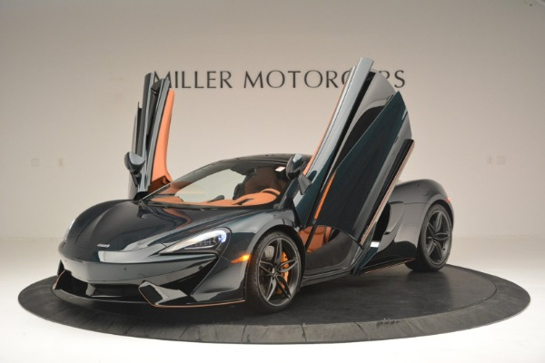 New 2018 McLaren 570GT Coupe for sale Sold at Rolls-Royce Motor Cars Greenwich in Greenwich CT 06830 14