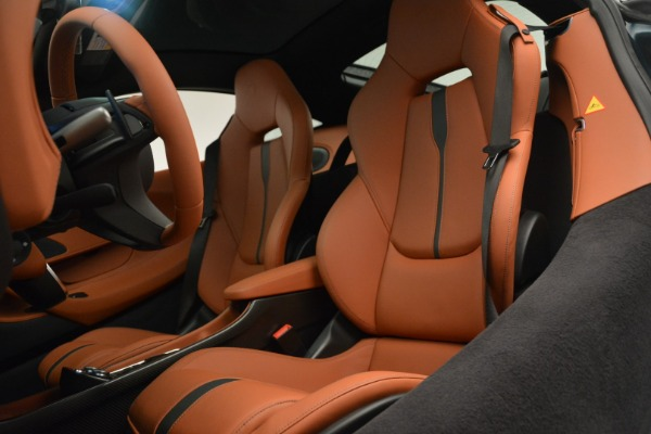 New 2018 McLaren 570GT Coupe for sale Sold at Rolls-Royce Motor Cars Greenwich in Greenwich CT 06830 18