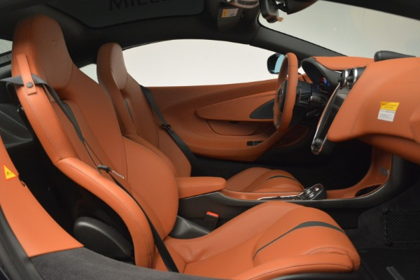 New 2018 McLaren 570GT Coupe for sale Sold at Rolls-Royce Motor Cars Greenwich in Greenwich CT 06830 20