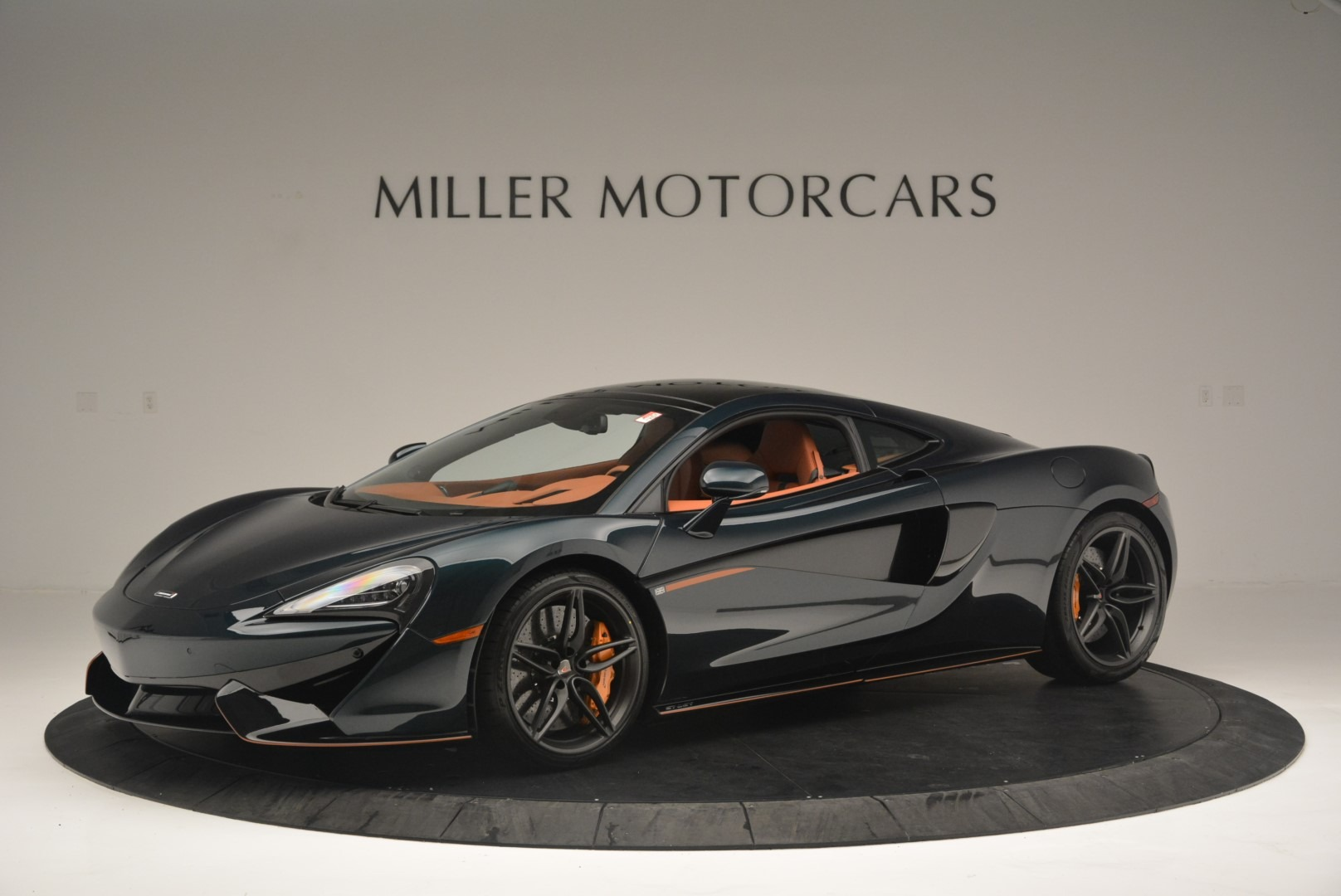 New 2018 McLaren 570GT Coupe for sale Sold at Rolls-Royce Motor Cars Greenwich in Greenwich CT 06830 1