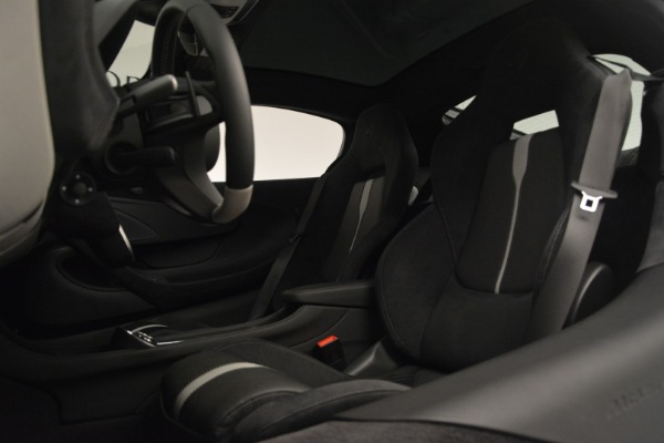 Used 2018 McLaren 570GT for sale Sold at Rolls-Royce Motor Cars Greenwich in Greenwich CT 06830 17