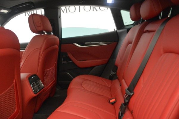 New 2018 Maserati Levante Q4 GranLusso for sale Sold at Rolls-Royce Motor Cars Greenwich in Greenwich CT 06830 19