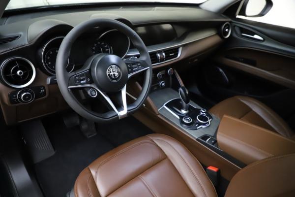 Used 2018 Alfa Romeo Stelvio Ti Q4 for sale $32,900 at Rolls-Royce Motor Cars Greenwich in Greenwich CT 06830 13