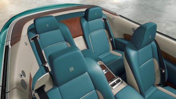 New 2018 Rolls-Royce Dawn for sale Sold at Rolls-Royce Motor Cars Greenwich in Greenwich CT 06830 4