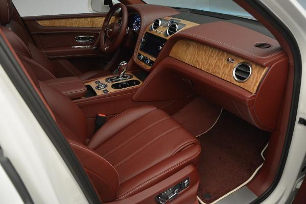 New 2019 Bentley Bentayga V8 for sale Sold at Rolls-Royce Motor Cars Greenwich in Greenwich CT 06830 26