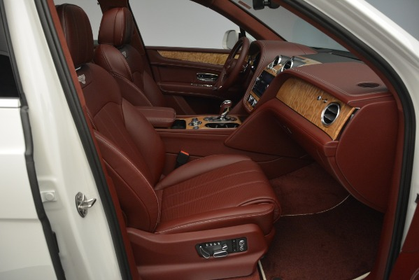 New 2019 Bentley Bentayga V8 for sale Sold at Rolls-Royce Motor Cars Greenwich in Greenwich CT 06830 27