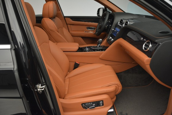 Used 2019 Bentley Bentayga V8 for sale Call for price at Rolls-Royce Motor Cars Greenwich in Greenwich CT 06830 25