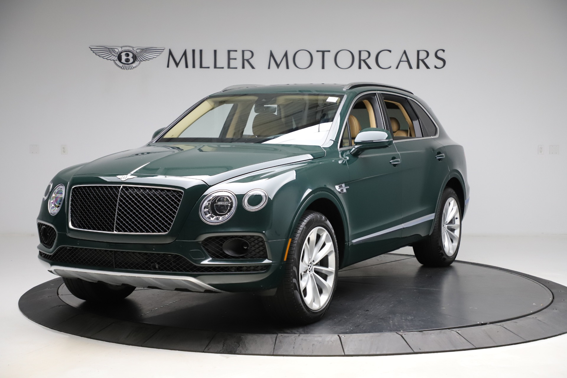 Used 2019 Bentley Bentayga V8 for sale $163,900 at Rolls-Royce Motor Cars Greenwich in Greenwich CT 06830 1
