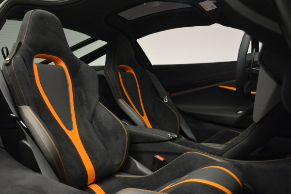 Used 2019 McLaren 720S Coupe for sale Sold at Rolls-Royce Motor Cars Greenwich in Greenwich CT 06830 19