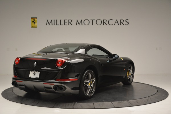 Used 2017 Ferrari California T Handling Speciale for sale Sold at Rolls-Royce Motor Cars Greenwich in Greenwich CT 06830 19