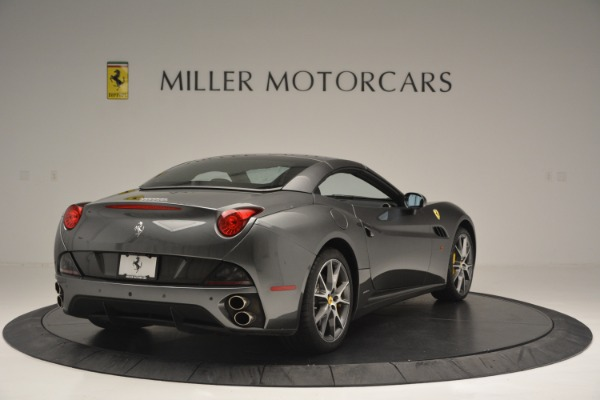 Used 2013 Ferrari California 30 for sale $109,900 at Rolls-Royce Motor Cars Greenwich in Greenwich CT 06830 19