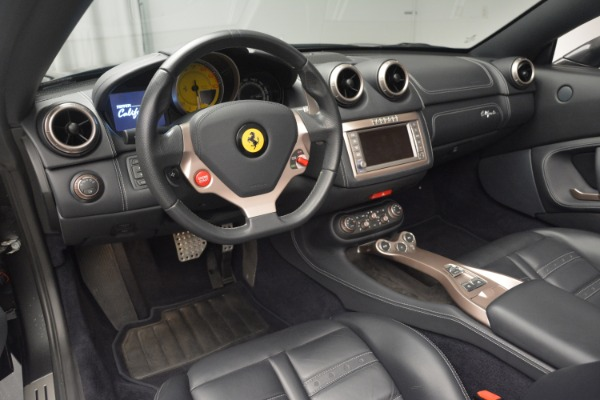 Used 2013 Ferrari California 30 for sale $109,900 at Rolls-Royce Motor Cars Greenwich in Greenwich CT 06830 25