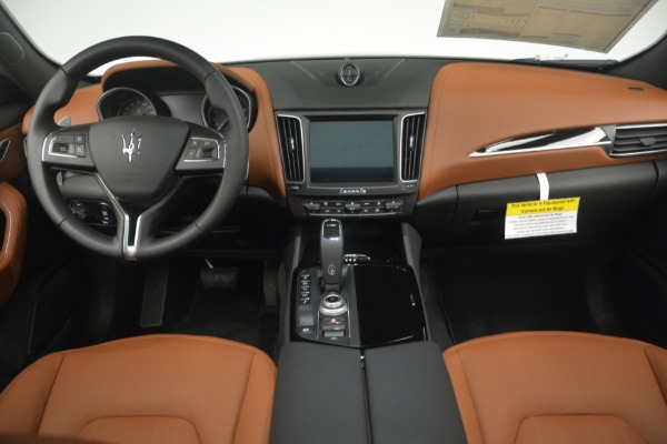 New 2019 Maserati Levante Q4 for sale Sold at Rolls-Royce Motor Cars Greenwich in Greenwich CT 06830 21