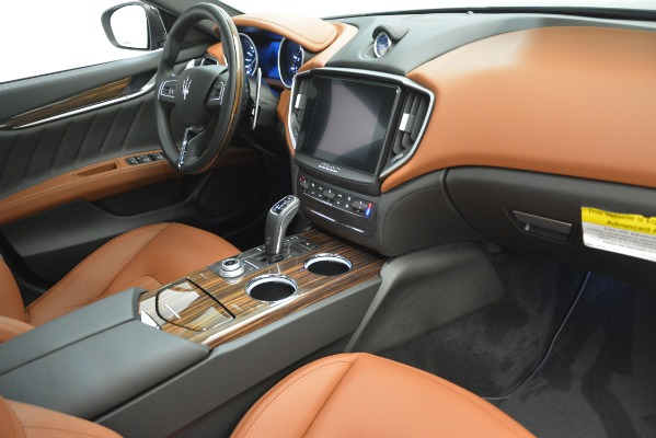 New 2019 Maserati Ghibli S Q4 GranLusso for sale Sold at Rolls-Royce Motor Cars Greenwich in Greenwich CT 06830 20
