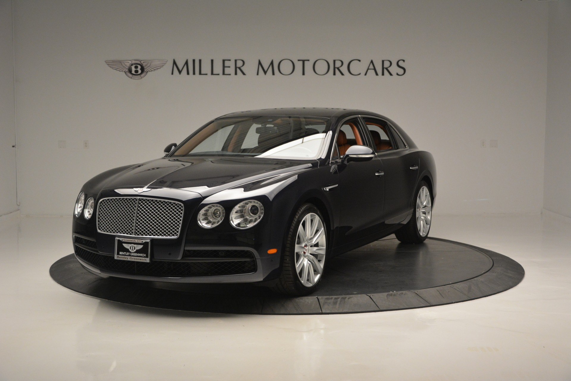 New 2018 Bentley Flying Spur V8 for sale Sold at Rolls-Royce Motor Cars Greenwich in Greenwich CT 06830 1