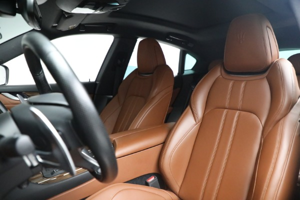 New 2019 Maserati Levante S Q4 GranSport for sale Sold at Rolls-Royce Motor Cars Greenwich in Greenwich CT 06830 13