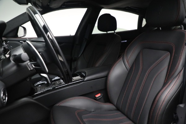 Used 2019 Maserati Quattroporte S Q4 GranLusso for sale $68,900 at Rolls-Royce Motor Cars Greenwich in Greenwich CT 06830 16