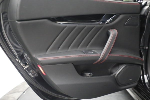 New 2019 Maserati Quattroporte S Q4 GranLusso for sale Sold at Rolls-Royce Motor Cars Greenwich in Greenwich CT 06830 25