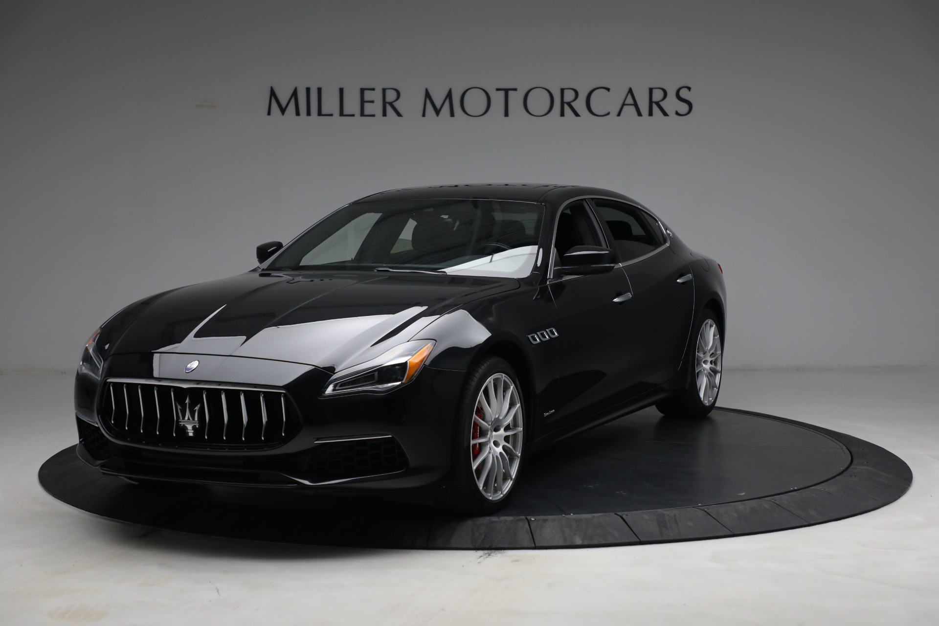 Used 2019 Maserati Quattroporte S Q4 GranLusso for sale $68,900 at Rolls-Royce Motor Cars Greenwich in Greenwich CT 06830 1