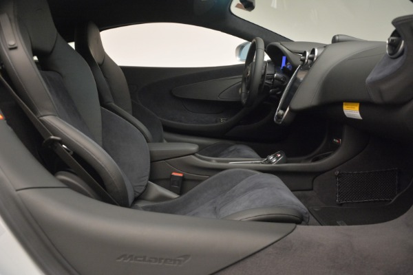 Used 2017 McLaren 570S Coupe for sale $159,900 at Rolls-Royce Motor Cars Greenwich in Greenwich CT 06830 19