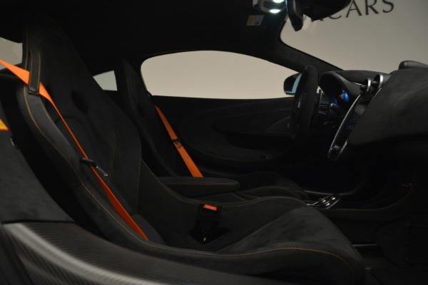 New 2019 McLaren 600LT Coupe for sale Call for price at Rolls-Royce Motor Cars Greenwich in Greenwich CT 06830 21