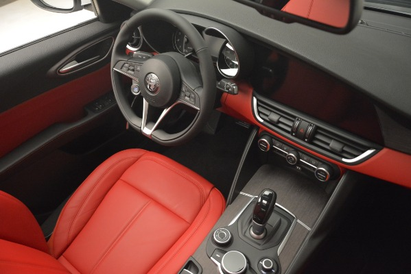 New 2019 Alfa Romeo Giulia Ti Q4 for sale Sold at Rolls-Royce Motor Cars Greenwich in Greenwich CT 06830 16