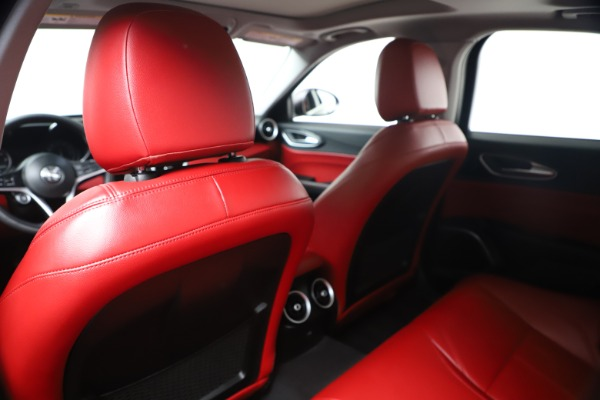 New 2019 Alfa Romeo Giulia Q4 for sale Sold at Rolls-Royce Motor Cars Greenwich in Greenwich CT 06830 19