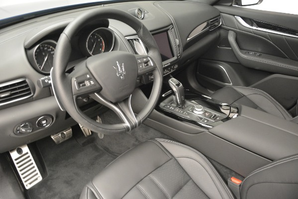 New 2019 Maserati Levante Q4 GranSport for sale $90,370 at Rolls-Royce Motor Cars Greenwich in Greenwich CT 06830 20