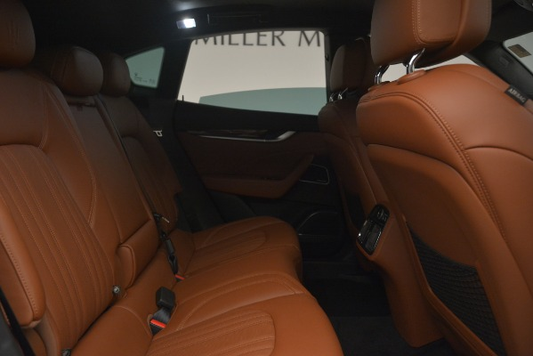 New 2019 Maserati Levante Q4 GranLusso for sale Sold at Rolls-Royce Motor Cars Greenwich in Greenwich CT 06830 18