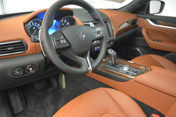 New 2019 Maserati Levante Q4 GranLusso for sale Sold at Rolls-Royce Motor Cars Greenwich in Greenwich CT 06830 20