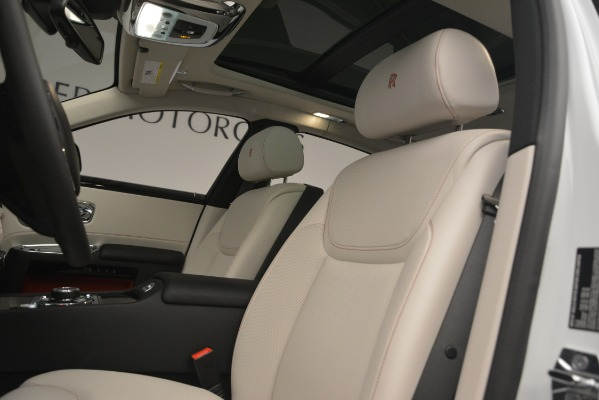 Used 2019 Rolls-Royce Ghost for sale $298,900 at Rolls-Royce Motor Cars Greenwich in Greenwich CT 06830 14