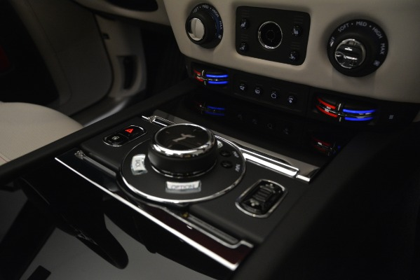 Used 2019 Rolls-Royce Ghost for sale $298,900 at Rolls-Royce Motor Cars Greenwich in Greenwich CT 06830 23