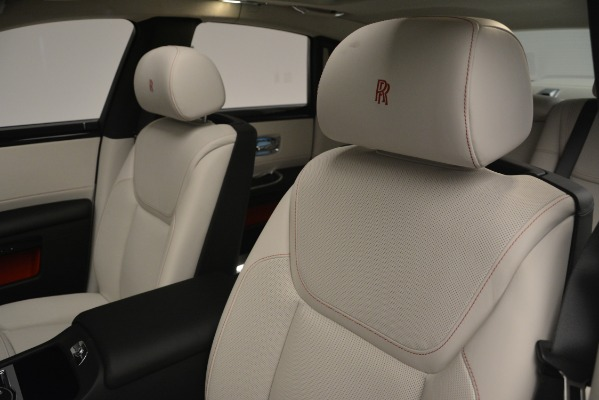 Used 2019 Rolls-Royce Ghost for sale $298,900 at Rolls-Royce Motor Cars Greenwich in Greenwich CT 06830 27