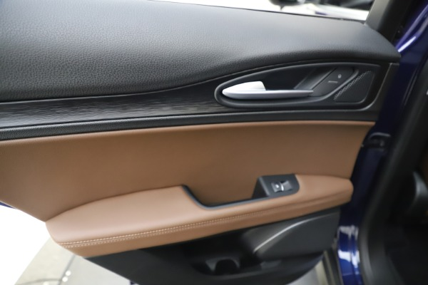 Used 2019 Alfa Romeo Stelvio Q4 for sale Sold at Rolls-Royce Motor Cars Greenwich in Greenwich CT 06830 21