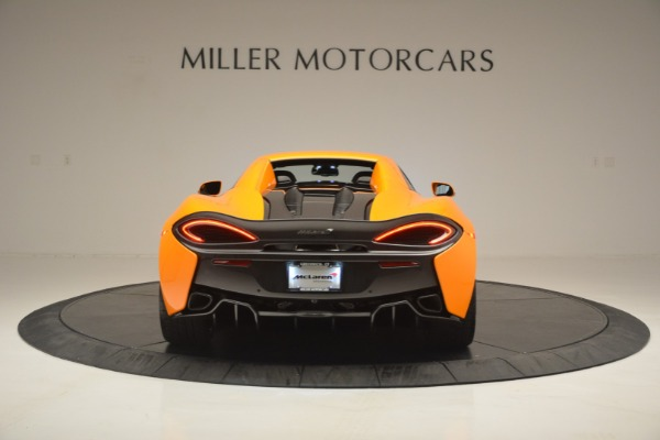 Used 2019 McLaren 570S SPIDER Convertible for sale $240,720 at Rolls-Royce Motor Cars Greenwich in Greenwich CT 06830 18