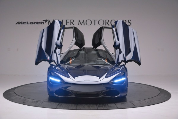 New 2019 McLaren 720S Coupe for sale $336,440 at Rolls-Royce Motor Cars Greenwich in Greenwich CT 06830 13