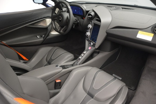 New 2019 McLaren 720S Coupe for sale $336,440 at Rolls-Royce Motor Cars Greenwich in Greenwich CT 06830 18