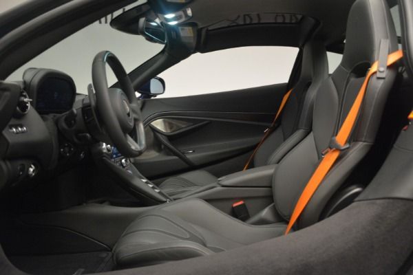 New 2019 McLaren 720S Coupe for sale $336,440 at Rolls-Royce Motor Cars Greenwich in Greenwich CT 06830 19