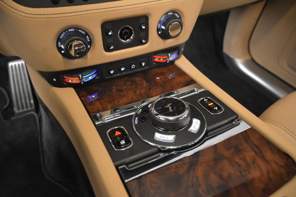 Used 2018 Rolls-Royce Ghost for sale Sold at Rolls-Royce Motor Cars Greenwich in Greenwich CT 06830 18