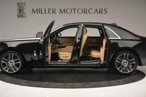 Used 2018 Rolls-Royce Ghost for sale Sold at Rolls-Royce Motor Cars Greenwich in Greenwich CT 06830 4