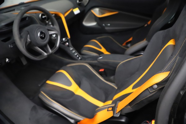 Used 2019 McLaren 720S Performance for sale $309,990 at Rolls-Royce Motor Cars Greenwich in Greenwich CT 06830 27