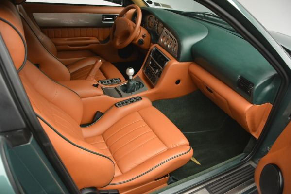 Used 1999 Aston Martin V8 Vantage Le Mans V600 Coupe for sale $499,900 at Rolls-Royce Motor Cars Greenwich in Greenwich CT 06830 25